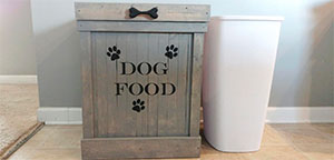 Dog Food Containers .